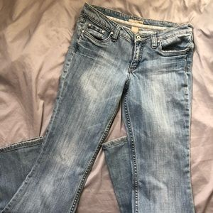 "Refuge Easy Distressed Boot Cut Jeans 9 x 33"" Blue"